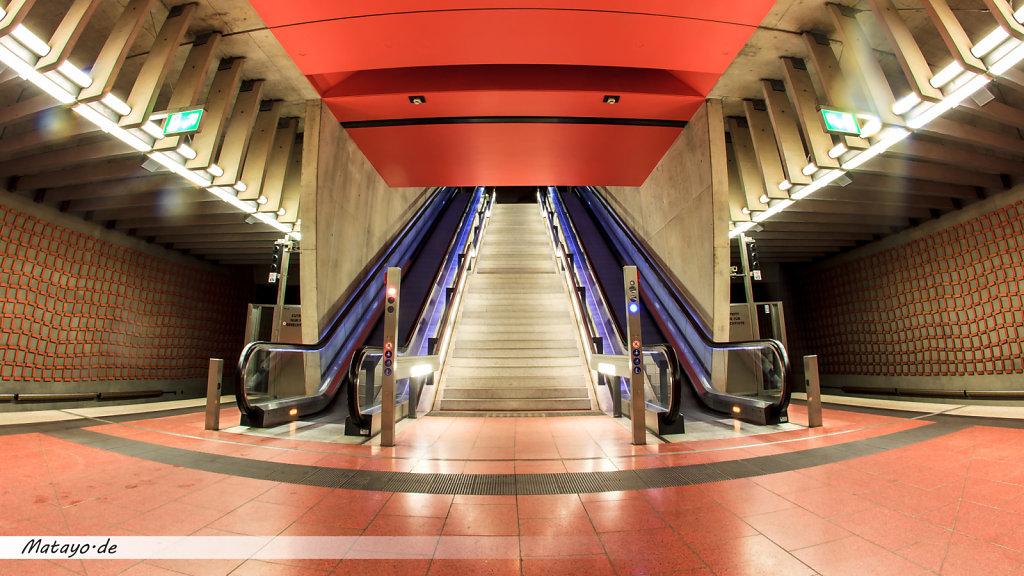 Nuerberg-U-Bahn-Station-Friedrich-Platz-3.jpg