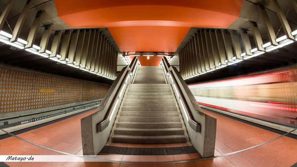 Nuerberg-U-Bahn-Station-Friedrich-Platz-2.jpg